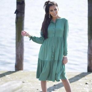 SAMI New York Tassel Green Midi Dress
